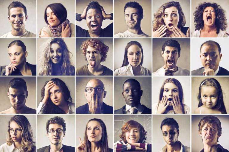 زبان بدن در جلسات آنلاین